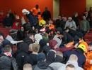 Hàng nghìn holigan trà trộn CĐV Arsenal, ẩu đả dữ dội ở sân Emirates