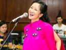 Diva Hồng Nhung tươi trẻ ở tuổi 50