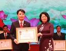 Chánh án TAND huyện Lương Sơn tỉnh Hòa Bình được tặng Huân chương Lao động