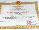 Công nhân, nông dân cũng được tặng Huân chương Lao động hạng Nhất