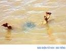 Trượt chân khi chơi ở bờ hồ, hai chị em ruột tử vong
