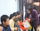 Tập đoàn GFS tặng quà cho các cháu bệnh nhân Nhi Trung ương và K Tân Triều