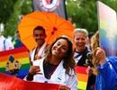 """Diễu hành ủng hộ bình đẳng giới """"đốt nóng"""" Stockholm"""