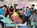 Hàng trăm người bệnh được cắt tóc, gội đầu miễn phí