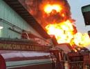 Cháy cực lớn một khu nhà xưởng tại TPHCM