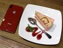 Cận cảnh mô hình iPhone 8 màu đỏ tại Việt Nam