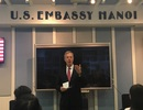 Đại sứ Mỹ khuyên các bạn trẻ Việt hãy theo đuổi ước mơ
