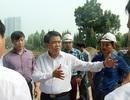 Chủ tịch Hà Nội bất ngờ kiểm tra việc đánh chuyển cây xanh trên đường Phạm Văn Đồng