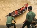 Yêu cầu thủy điện ngừng xả lũ để giải cứu 15 phụ nữ