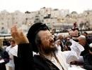 Hy hữu Bộ trưởng Israel dẫn đầu hơn 2.500 người làm lễ cầu mưa