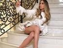 Jennifer Lopez trẻ đẹp ở tuổi 48