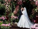 Miranda Kerr lần đầu khoe ảnh cưới