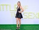 Maria Sharapova khoe chân dài thon thả