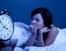 Mất ngủ có nên uống ly rượu vang?