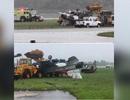 Máy bay chiến đấu của Mỹ lật nhào khi trình diễn