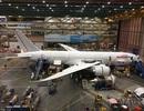 Khám phá xưởng máy bay bên trong tòa nhà rộng nhất thế giới