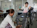 Thương nữ sinh phải nghỉ học vì mắc bệnh viêm cột sống dính khớp