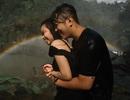 Lãng mạn như cặp đôi 9x chụp ảnh cưới dưới cơn mưa