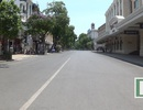 Hà Nội: Nắng nóng gay gắt, phố đi bộ vắng tanh như sáng mùng 1 Tết