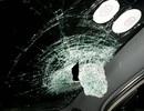 Làm rõ, xử lý nghiêm vụ ném vỡ kính ô tô trên cao tốc