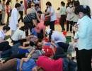 Hàng loạt công nhân tại Hóc Môn tiếp tục ngất xỉu
