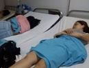 17 khách du lịch nhập viện sau ăn cơm gà, uống nước dừa