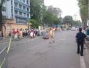 Hà Nội: Người đàn ông đi xe máy ngã xuống đường, tử vong