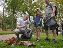 Đại sứ Mỹ cùng 1.000 bạn trẻ chung tay dọn rác vì môi trường