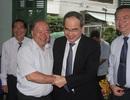 Xúc động buổi gặp gỡ của Bí thư Thành ủy TPHCM Nguyễn Thiện Nhân với người hiệu trưởng cũ