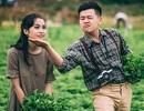 Ảnh cưới giản dị tại vườn rau sạch của cặp đôi mơ về cuộc sống bình yên