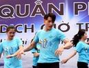 Ca sĩ Isaac nhảy Flashmob với các bạn trẻ trong chiến dịch giờ trái đất