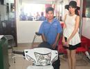 Top 5 Hoa hậu Việt Nam hỗ trợ nam sinh có cha tai biến, mẹ qua đời