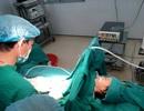 Giật mình bé 4 tuổi bị u nang buồng trứng