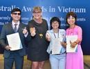 Ba người khuyết tật nhận học bổng du học Australia