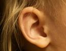 Đừng nhét thứ gì vào tai của bạn nữa nhé!