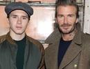 """Gặp phải fan cuồng, bố con David Beckham vẫn vui vẻ đi """"quẩy"""" đêm"""