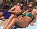 Vợ Steven Gerrard diện bikini khoe dáng bỏng mắt