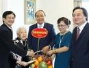 Thủ tướng thăm nhà giáo Thái Thị Liên 100 tuổi