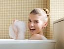 Có nên tắm nước nóng vào mùa đông?
