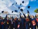 Trường Đại học Văn Hiến mang niềm vui đến tân sinh viên nghèo