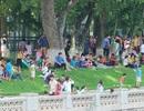 Nghỉ lễ 2/9: Mòn mỏi chờ lượt chơi ở công viên Thủ Lệ