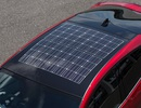 Toyota Prius lắp mái hấp thụ năng lượng mặt trời của Panasonic