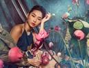 Miss Quỳnh Thy tung ảnh ấn tượng bên hoa sen ngày 8/3