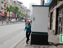 Bốt điện, tủ viễn thông chiếm chỗ trên vỉa hè Hà Nội