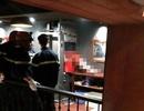 Vụ kẹt đầu trong thang máy: Gặp nạn khi đến chỗ làm chơi cho mát