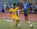Vòng 17 V-League 2017: Đội đầu bảng gặp khó trên sân Thống Nhất