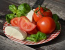"""Những loại thực phẩm giúp phụ nữ """"ăn gian"""" tuổi"""