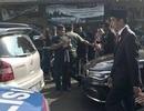 Tổng thống Indonesia đi bộ 2 km tới lễ duyệt binh vì tắc đường