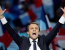 21 phát đại bác cho lễ nhậm chức của Tổng thống trẻ nhất lịch sử Pháp