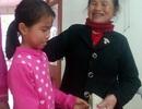Cô bé nghèo lớp 4 nhặt được gần 40 triệu đồng tìm người trả lại